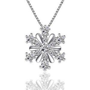 ❄️ Snowflake Rhinestone Necklace ❄️